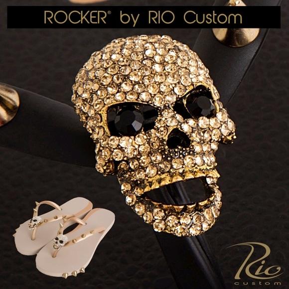2e38067ba6918 Women s Flip Flops Sandals Rocker Skull Black